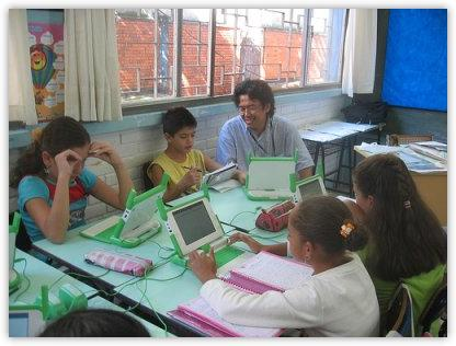 Las Escuelas deberían usar exclusivamente Software Libre