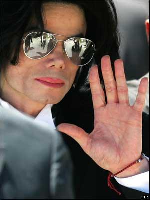 La muerte de Michael Jackson inunda la red