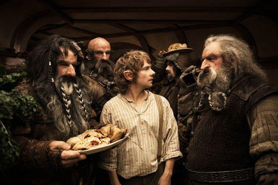bilbo y enanos hobbit